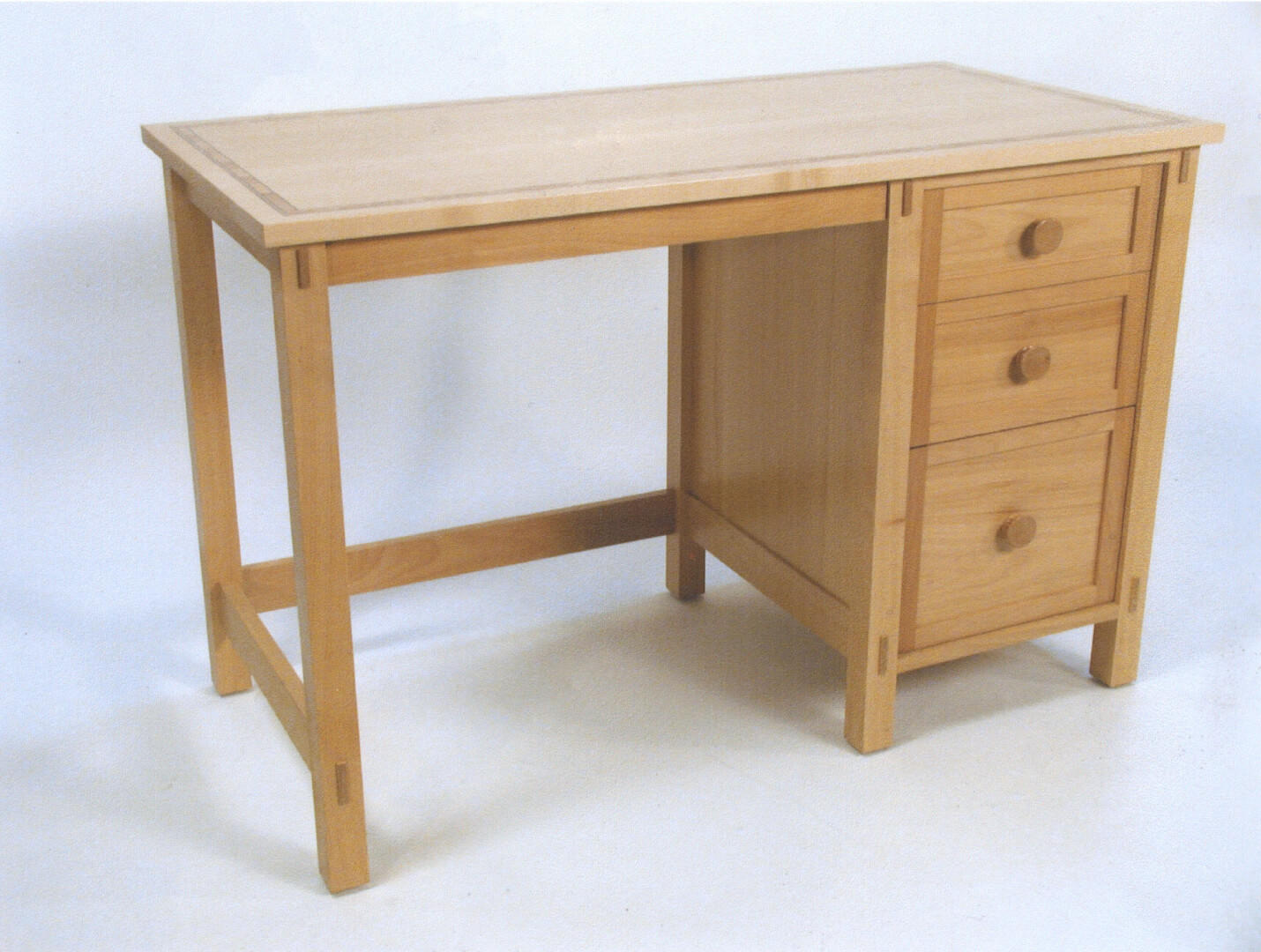 Children S Computer Desk Nightstand Dresser