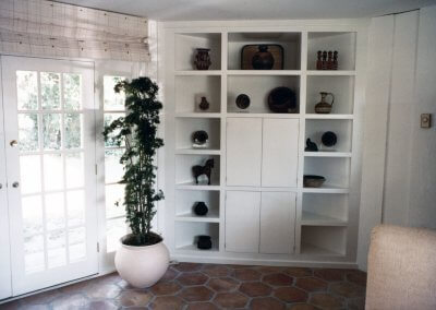 Built-In Corner Cabinet
